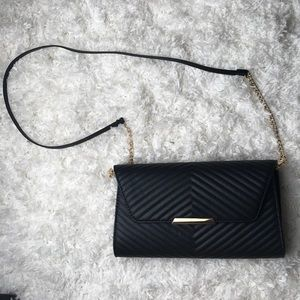 NWOT H&M Quilted Vegan Leather Shoulder Bag